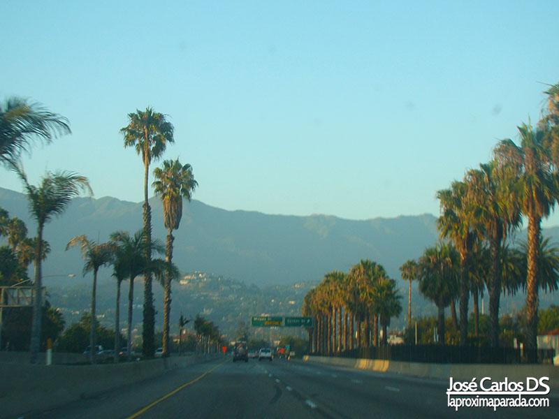 Carretera rumbo a Los Ángeles