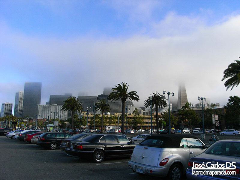 Downtown Entre la niebla San Francisco