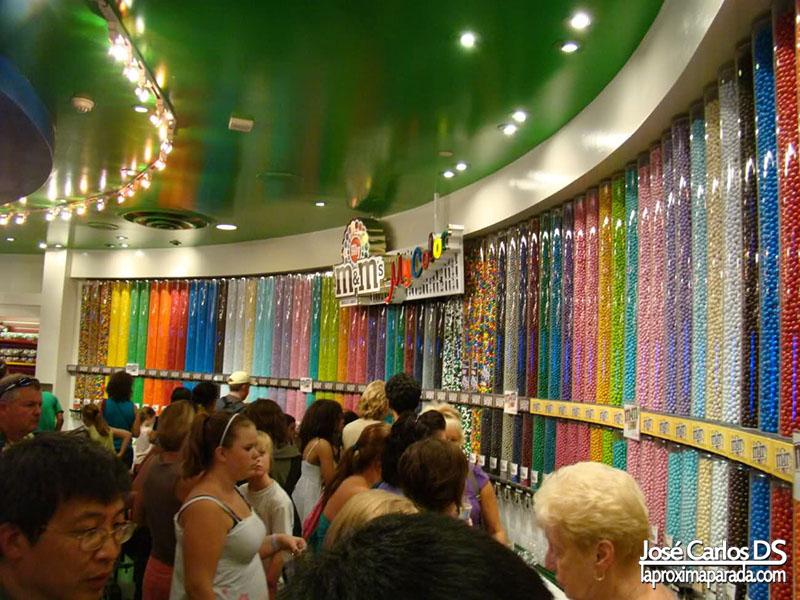Interior Tienda Emanems Las Vegas