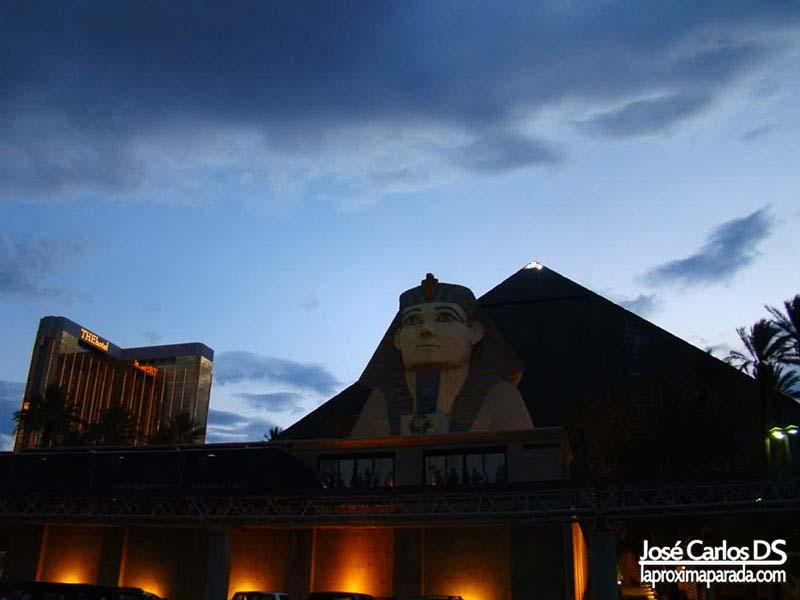 Pirámide del Hotel Luxor Las Vegas