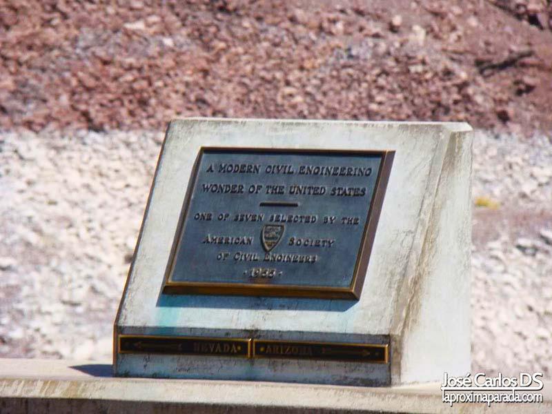 Placa Arizona - Nevada en Presa Hoover