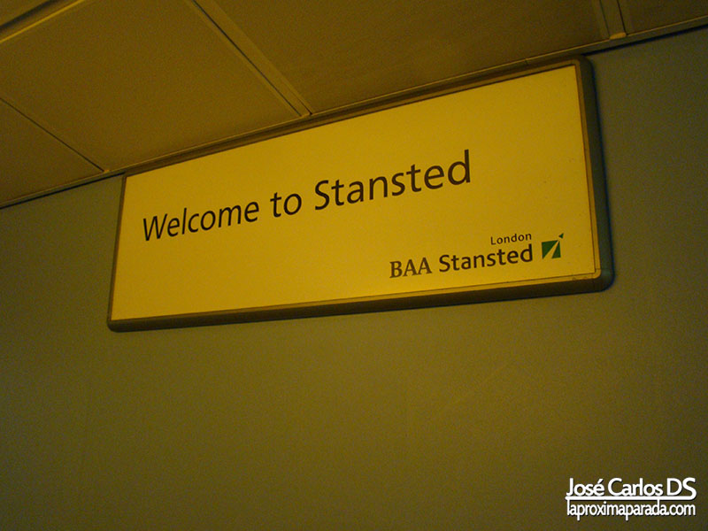 Bienvenidos al Aeropuerto de Stansted Londres