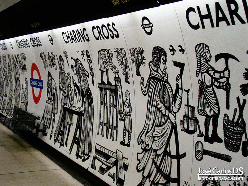 Charing Cross Metro Londres