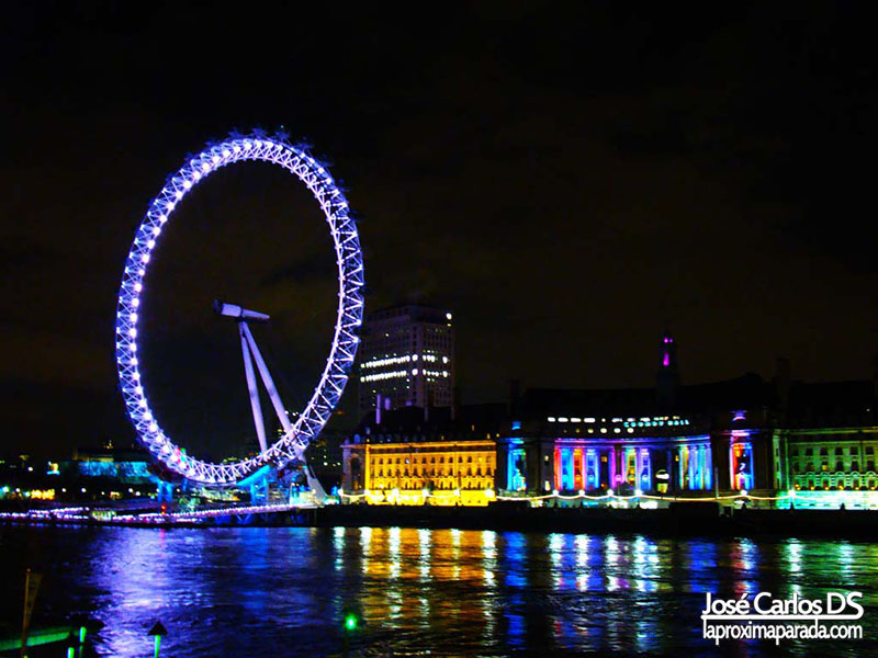 London Eye por la noche Londres
