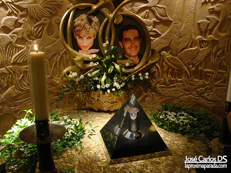 Memorial a Lady Di y Dodi Al Fayed Harrods Londres