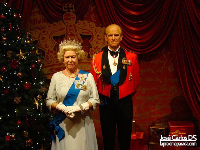 Reina de Inglaterra Madame Tussauds Londres
