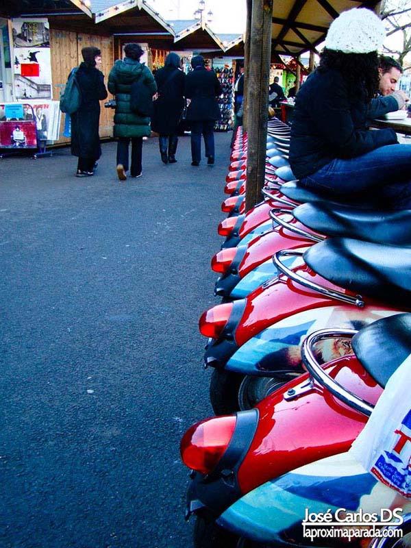 Scooters Camden Market Londres