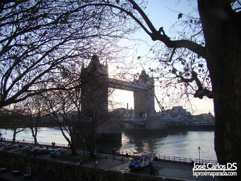 Tower Bridge desde Torre de Londres