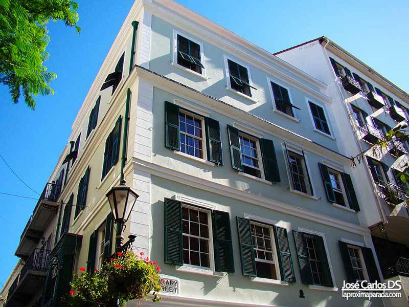 Edificios estilo genovés Gibraltar Main Street