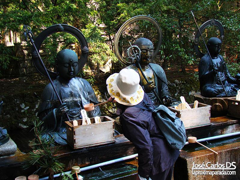 Estatuas Templo Okunoin