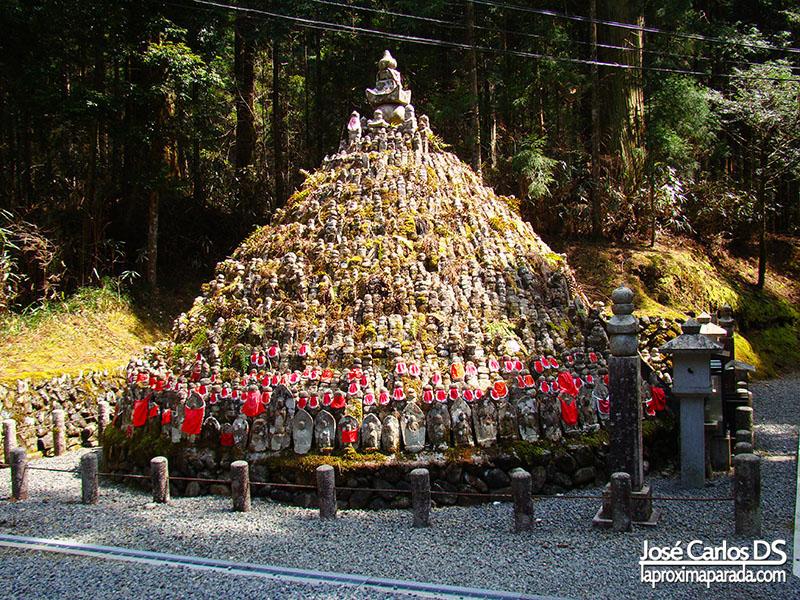 Montaña Jizos Cementerio Okunoin
