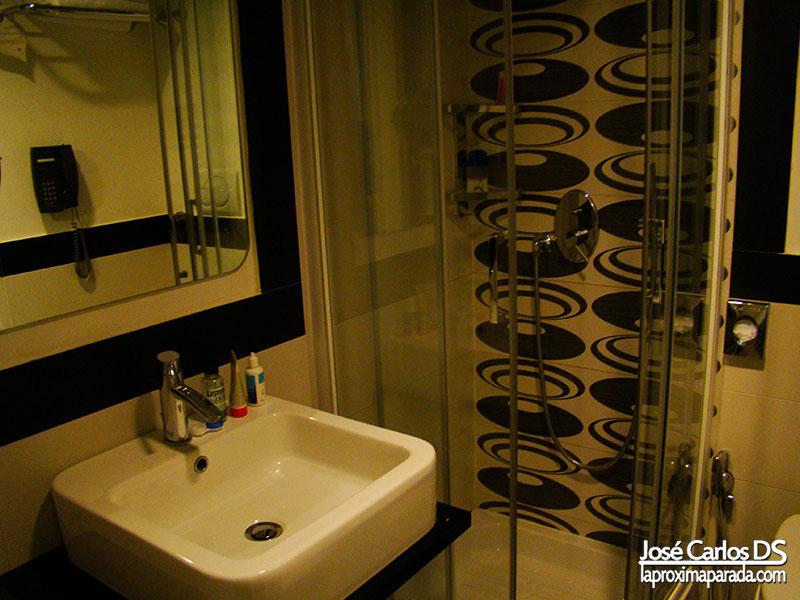 Baño Best Western Plus Art Hotel Noba Roma