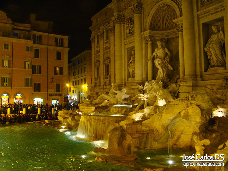 Noche Fontana de Trevi, Roma