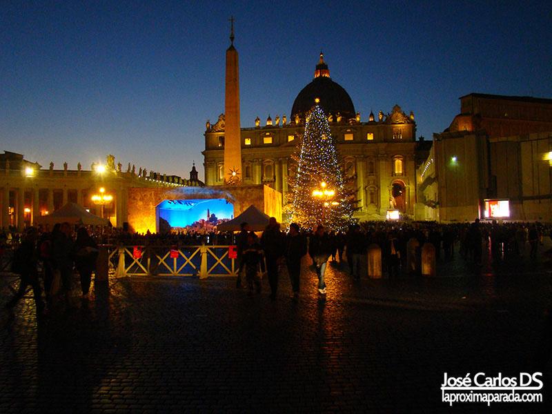 Noche en Basílica de San Pedro Vaticano