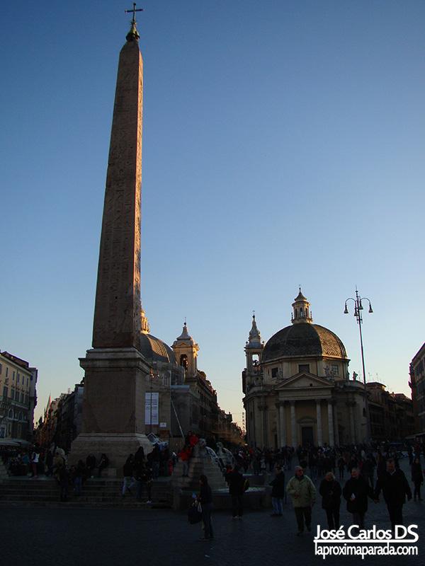 Obelisco egipcio en la Plaza del Popolo
