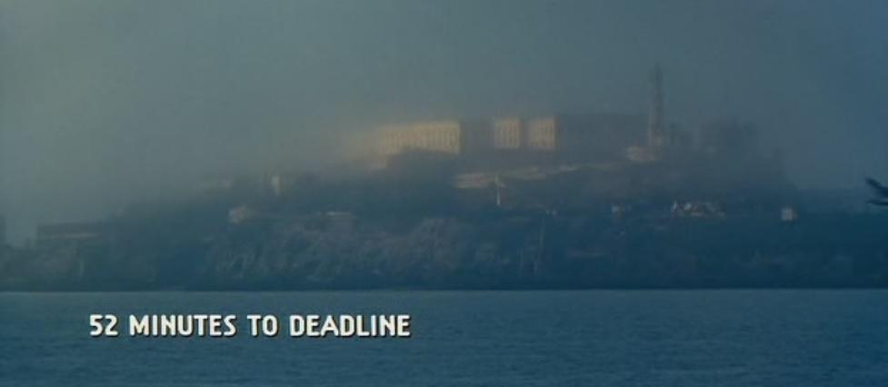 Niebla en Isla de Alcatraz en La Roca