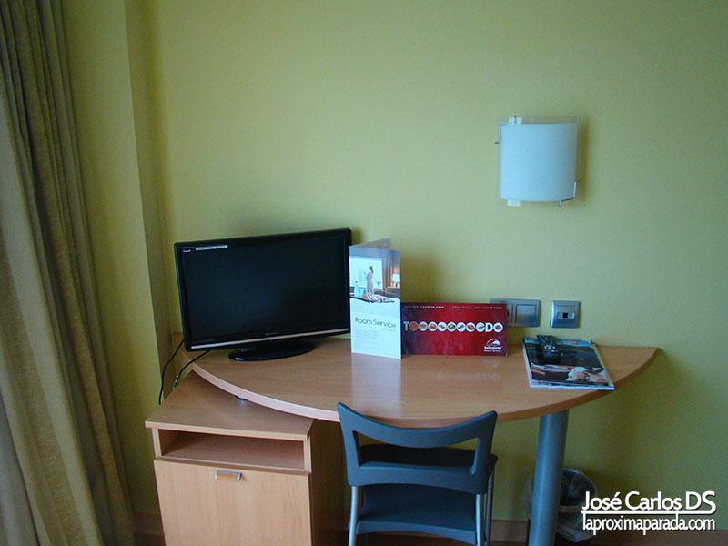 Escritorio Habitación Hotel Zurbarán Mallorca