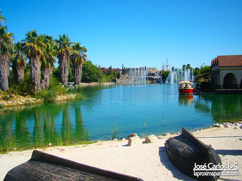 Lago Isla Mágica Sevilla