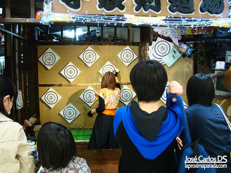 Lanzamiento shurikens Osaka