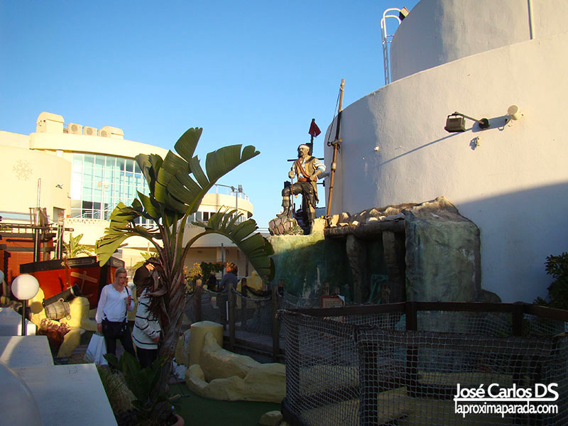 Pirate Adventure Mini-Golf - Sea Life