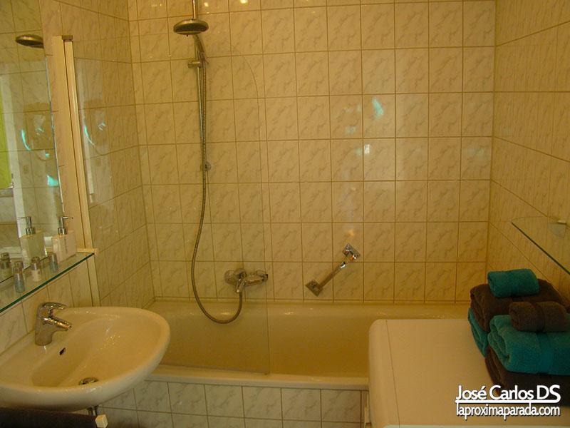 Baño Apartamento GowithOh Berlin Tiergarten