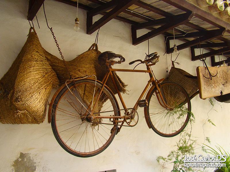 Museo Etnográfico Bicicleta Antigua