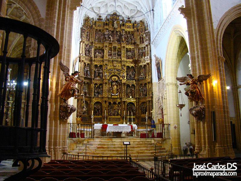 Retablo Mayor Iglesia Santa María la Coronada
