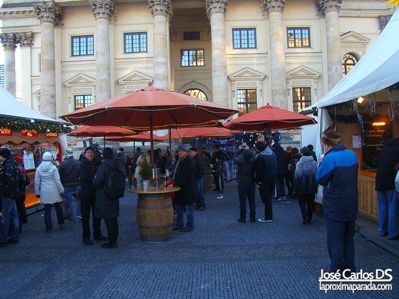 Cervezas Mercado Navideño Gendarmenmarkt Berlin