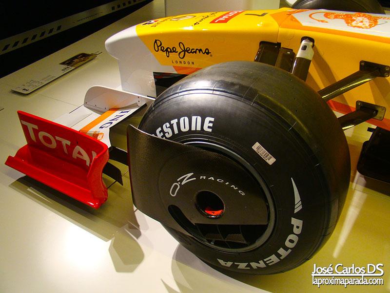 Neumático Renault R29 Fernando Alonso