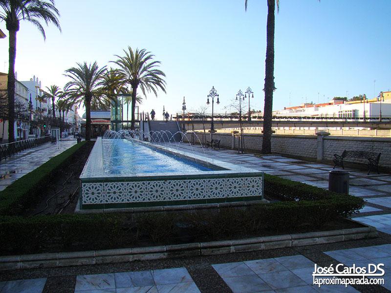 Calle Alameda del Río