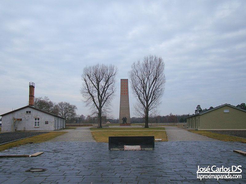 Monumento a las víctimas del campo Sachsenhausen