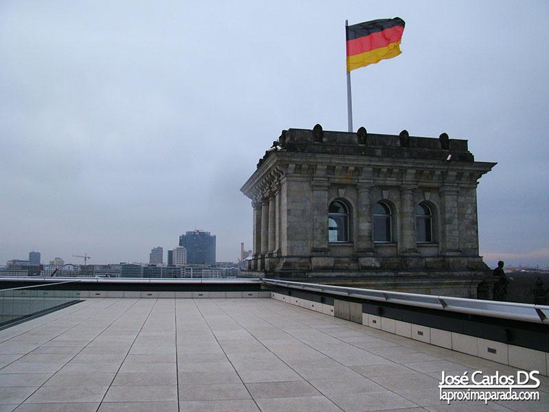 Azotea Parlamento Aleman Bandera Alemana