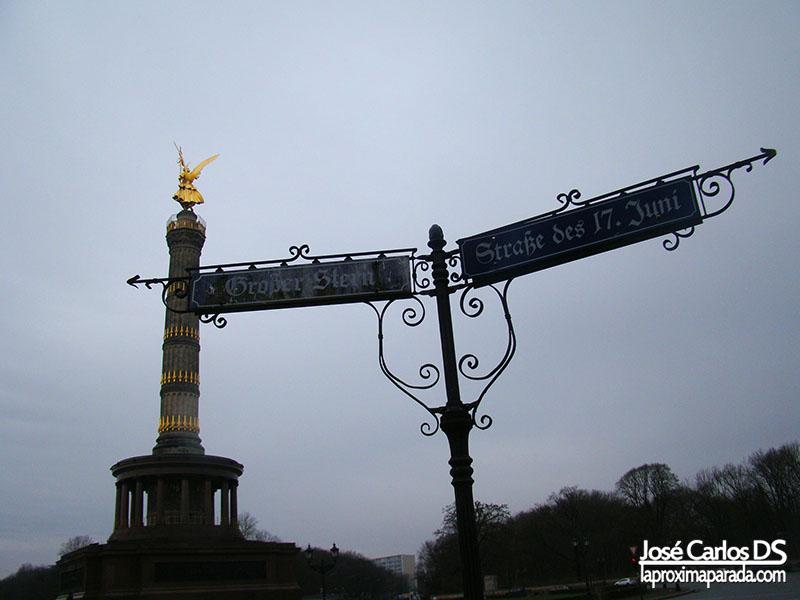 Columna de la Victoria en Tiergarten Berlin