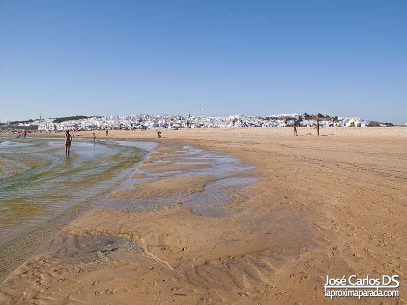 Vista Conil de la Frontera desde la playa