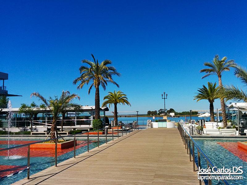 Glorieta de las Canoas Puerto Huelva