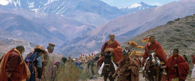 Monjes en Siete años en el Tibet