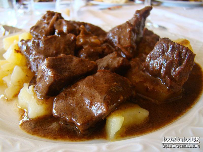 Comer en El Rocío Restaurante Toruño