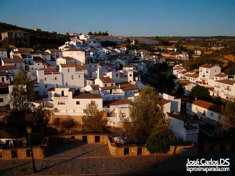 Panorámica Setenil de las Bodegas Cádiz