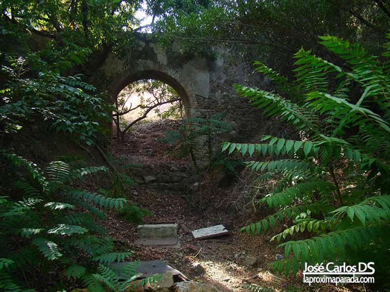 Acueducto de San Telmo Jardín Botánico de Málaga