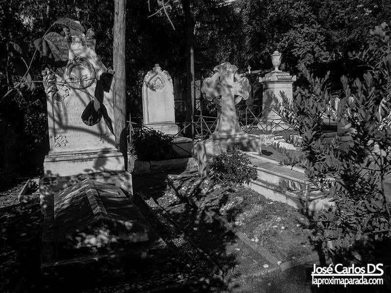 Cementerio inglés de Málaga en Blanco & Negro