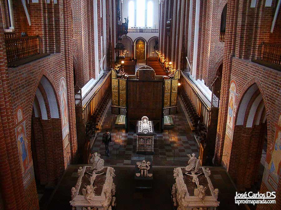 Interior Catedral de Roskilde