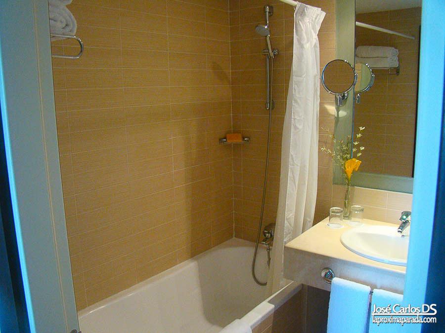 Baño en Hotel ADH Isla Cristina