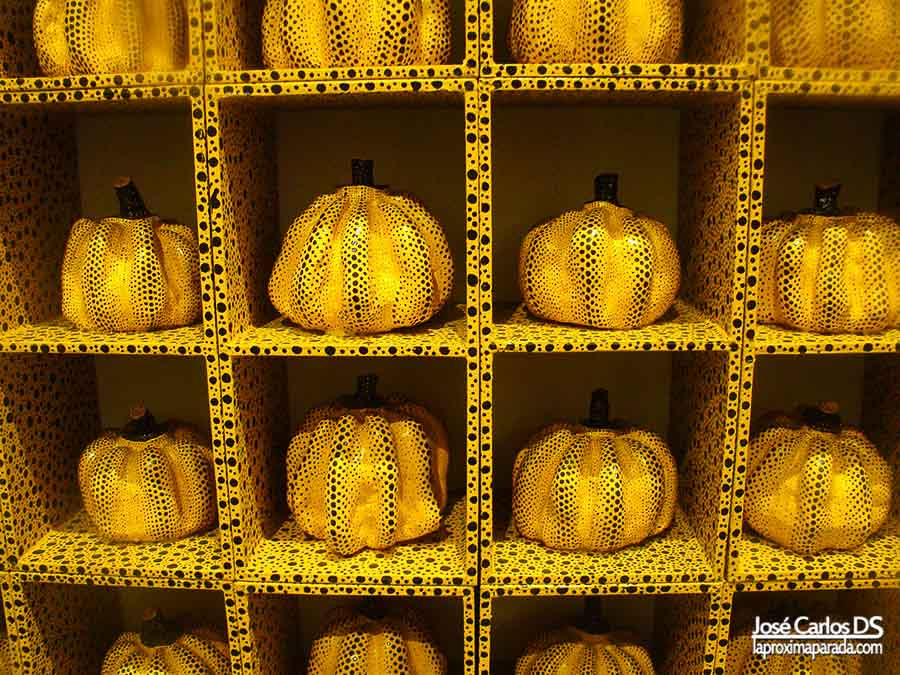 Pumpkin de Kitakyushu en museo Louisiana