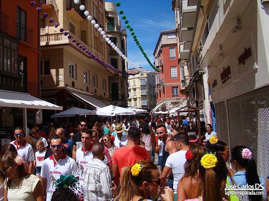 Ambiente feria de día en Málaga